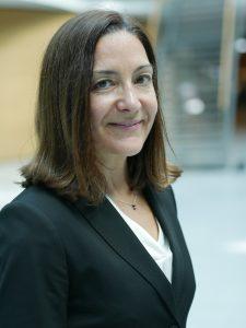Nicole Becker, Bayerische Versorgungskammer